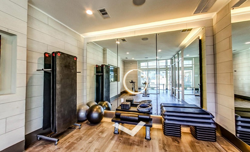 Yoga & Spin Studio